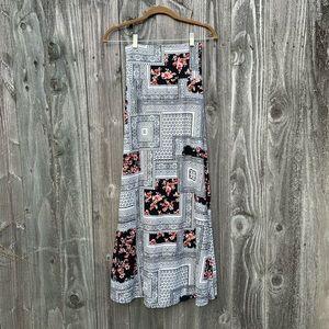NWT. AGNES & DORA adult Maxi Skirt. Size XXS